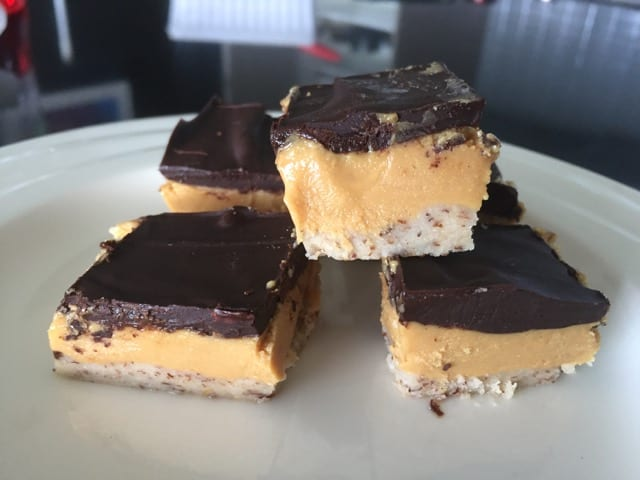 Awesome Low Carb Chocolate Peanut Butter Slice